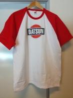 DATSUN-t-paita, punavalkoinen
