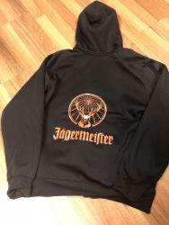 Jägermeister-vetoketjuhuppari