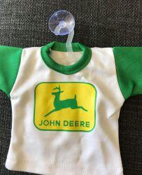 John Deere -mini-t-paita imukupilla